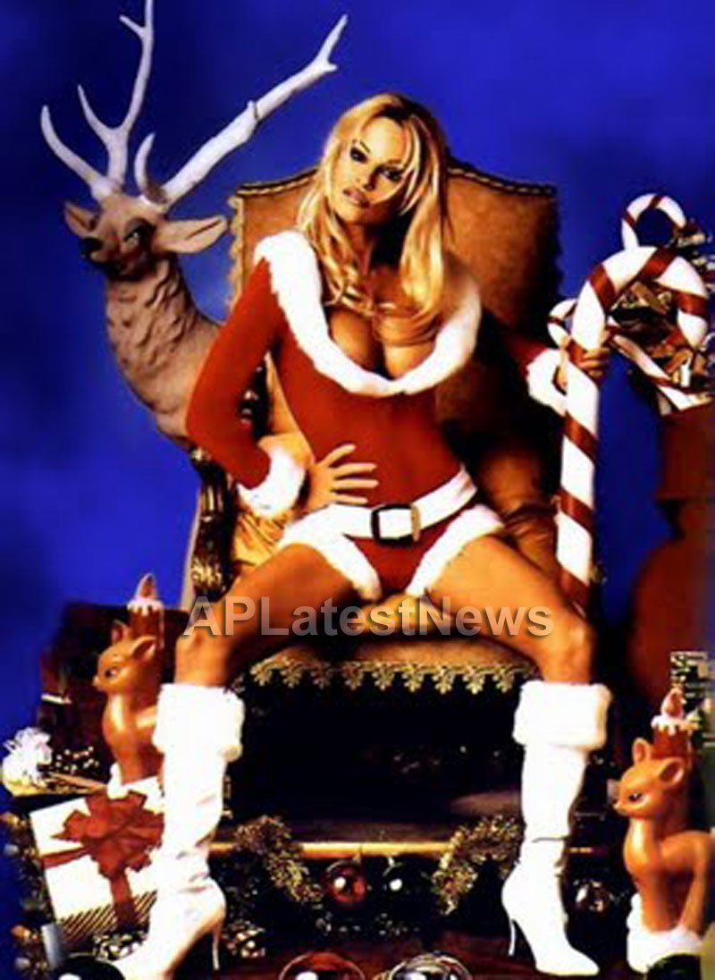 Priyanka, Kareena and Shanti got in Top 20 actress as Sexy Santa in BCCUK News - Picture 10