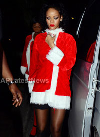 Priyanka, Kareena and Shanti got in Top 20 actress as Sexy Santa in BCCUK News - Picture 19