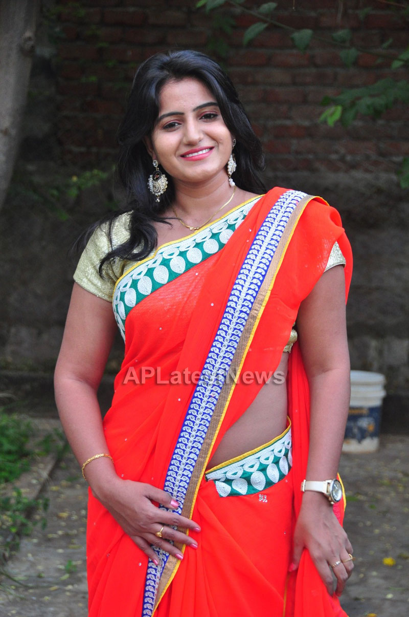 Shrujan Hand Embroidery Exhibition by Tollywood Actress Tanusha, Hyderabad - Picture 5
