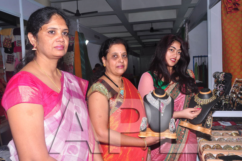 Styles N Weaves Expo - Inaugurated by Dr. Seetha and Shravani - Picture 17
