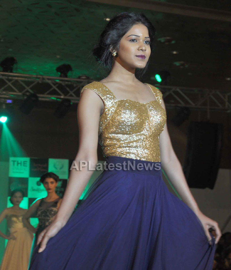 Sultry models set the ramp on fire, The Park Somajiguda, Hyderabad  - Picture 29