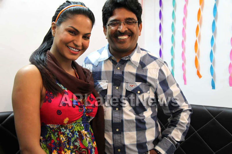 Sunny Shah the celebrity manager joins Team Veena Malik - Picture 3