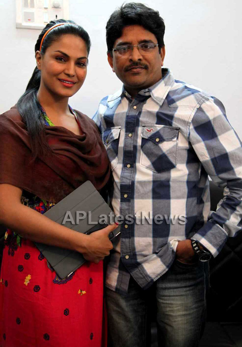 Sunny Shah the celebrity manager joins Team Veena Malik - Picture 1