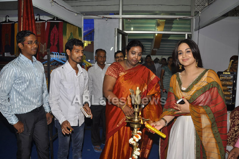 Trendz - Summer Fashion Exhibition 2013 - Inaugurated by Actress Aksha - Picture 10