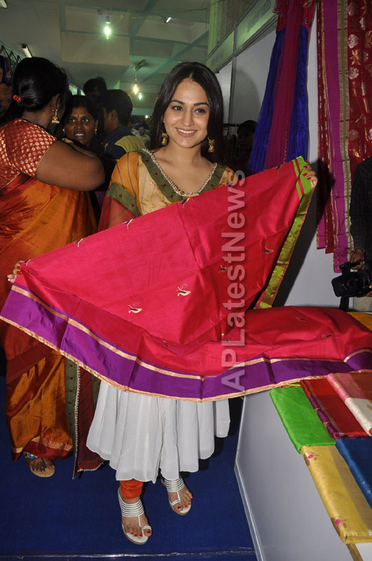 Trendz - Summer Fashion Exhibition 2013 - Inaugurated by Actress Aksha - Picture 9