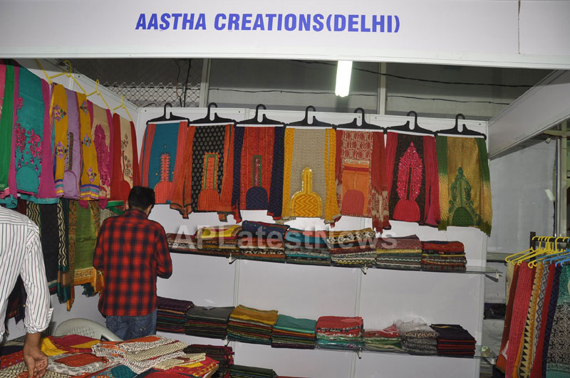 Trendz - Summer Fashion Exhibition 2013 - Inaugurated by Actress Aksha - Picture 11