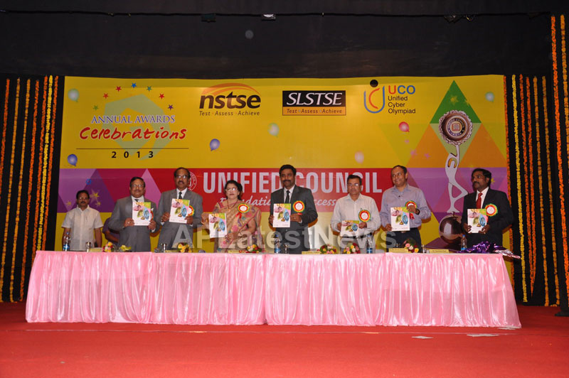 Unified Council Annual Awards Cemony - Union minister Killi Krupa Rani - Picture 11