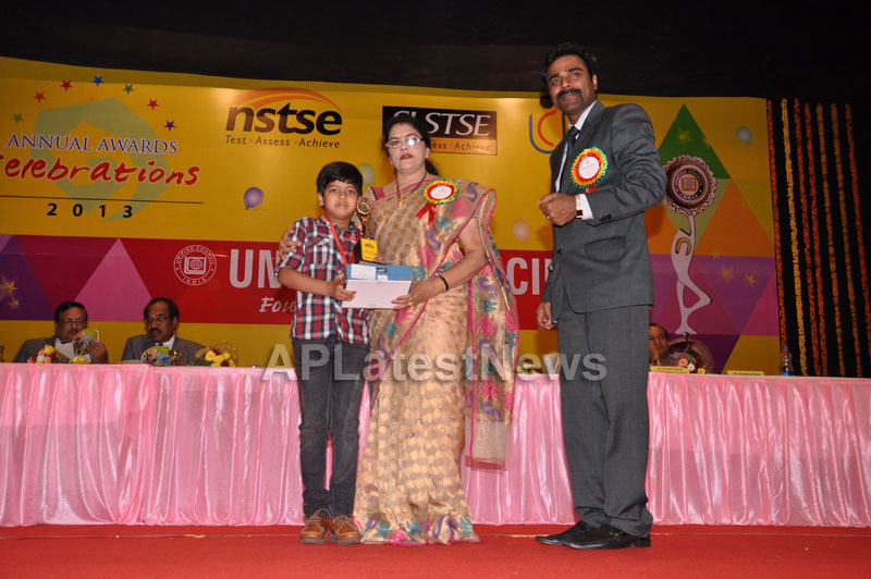 Unified Council Annual Awards Cemony - Union minister Killi Krupa Rani - Picture 9