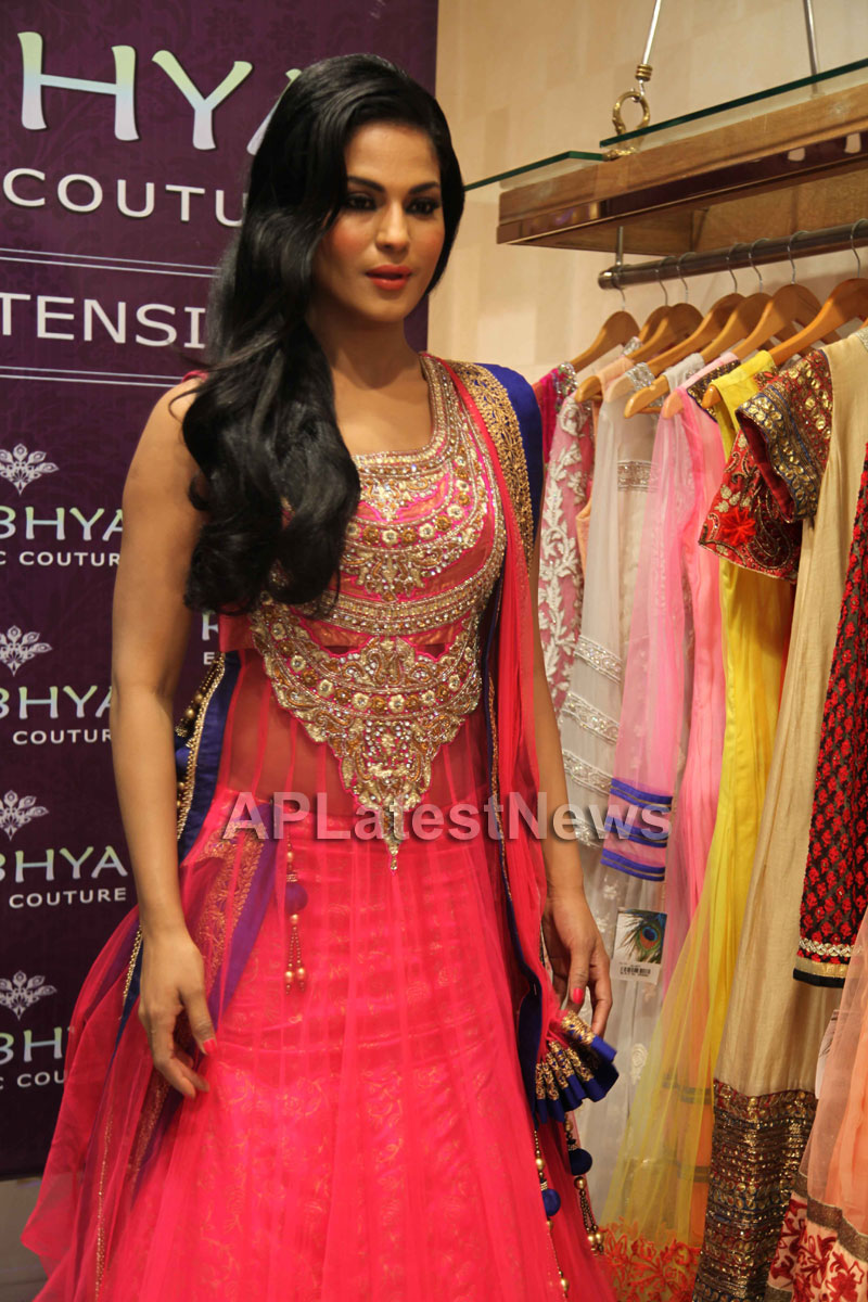 Veena Malik Supermodel city tour, Kolkata - Picture 6