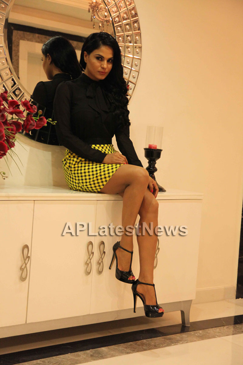 Veena Malik Supermodel city tour, Kolkata - Picture 8