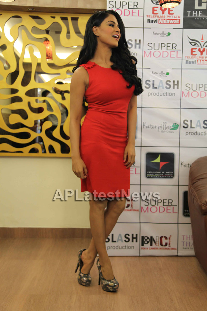 Veena Malik Supermodel city tour, Kolkata - Picture 7