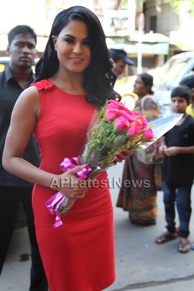 Veena Malik Supermodel city tour, Kolkata - Picture 4