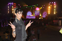 Yash, Talat, Candy, Aarti, Tina and Ali At Sunburn DJ Party - Picture 1