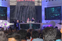 Yash, Talat, Candy, Aarti, Tina and Ali At Sunburn DJ Party - Picture 22