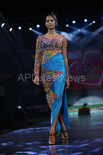 Sultry models set the ramp on fire - Lakhotia Annual Fashion Show, Hyderabad, Telangana, India - Picture 24