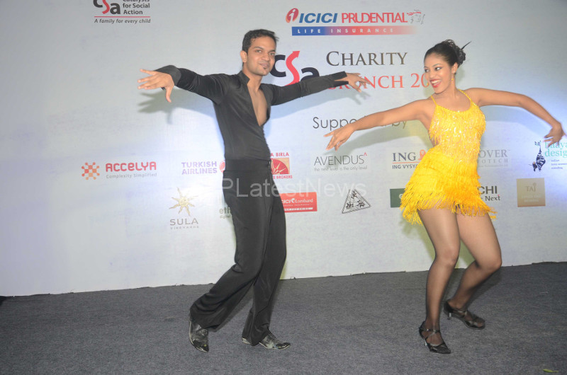 Sandip Soparrkar Performs at Fund Raising Art Auction for CSA, Mumbai, Maharashtra, India - Picture 1