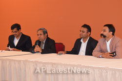 Press Conference by Consul General of India, SFO RPBD 2015 - Picture 7