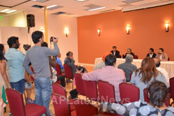 Press Conference by Consul General of India, SFO RPBD 2015 - Picture 2