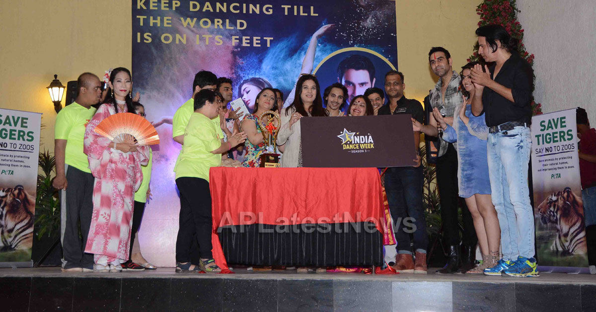 Actor Rahul Roy, Avika Gor, Gaurav Gera attends 3rd India Dance Week conference hosted by Sandip Soparrkar - Picture 9