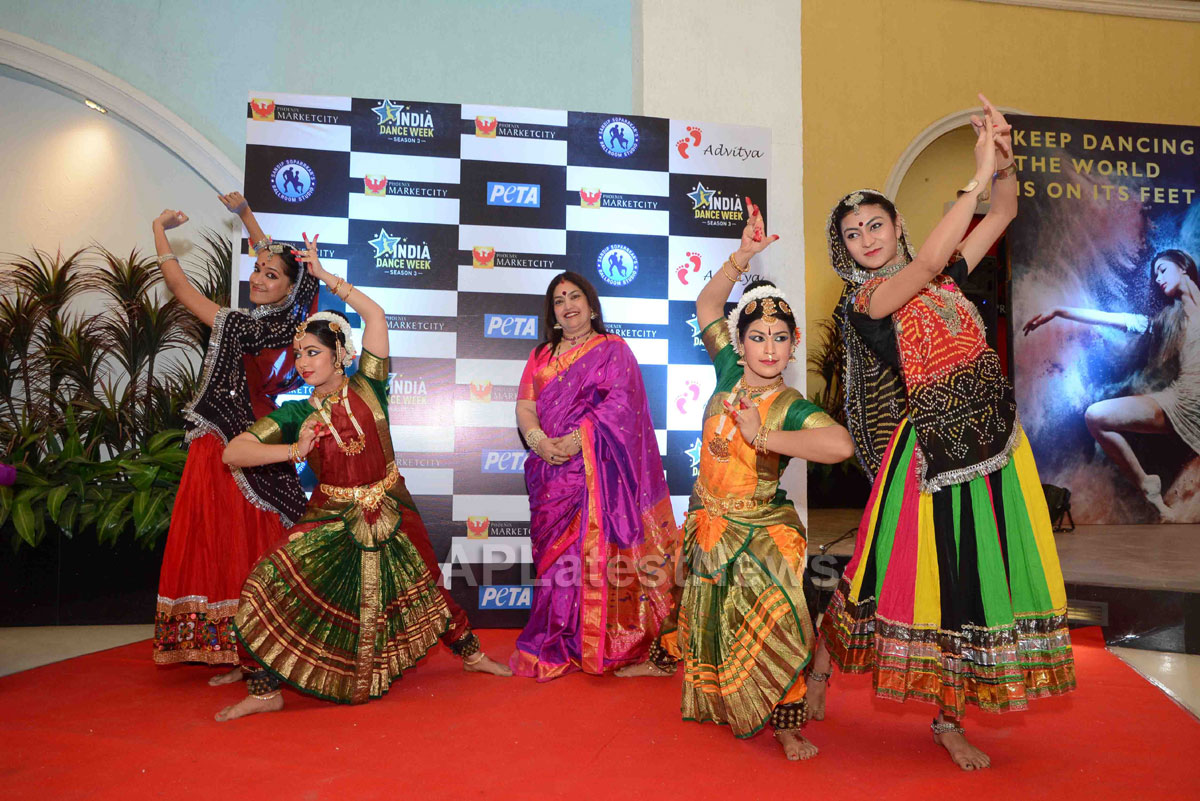 Actor Rahul Roy, Avika Gor, Gaurav Gera attends 3rd India Dance Week conference hosted by Sandip Soparrkar - Picture 7