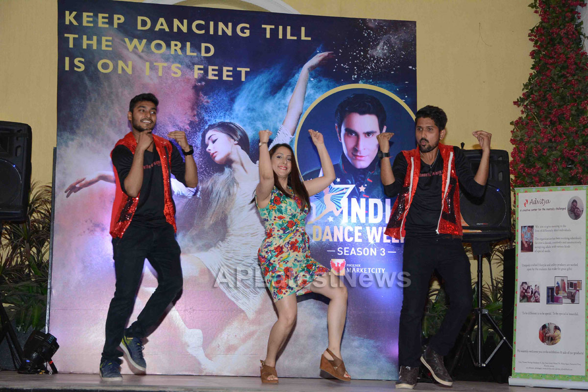 Actor Rahul Roy, Avika Gor, Gaurav Gera attends 3rd India Dance Week conference hosted by Sandip Soparrkar - Picture 20