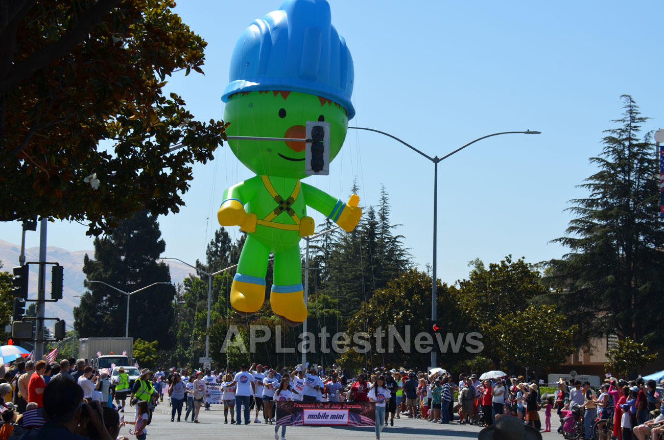 July 4th Parade - Independence Day, Fremont, CA, USA - Picture 19