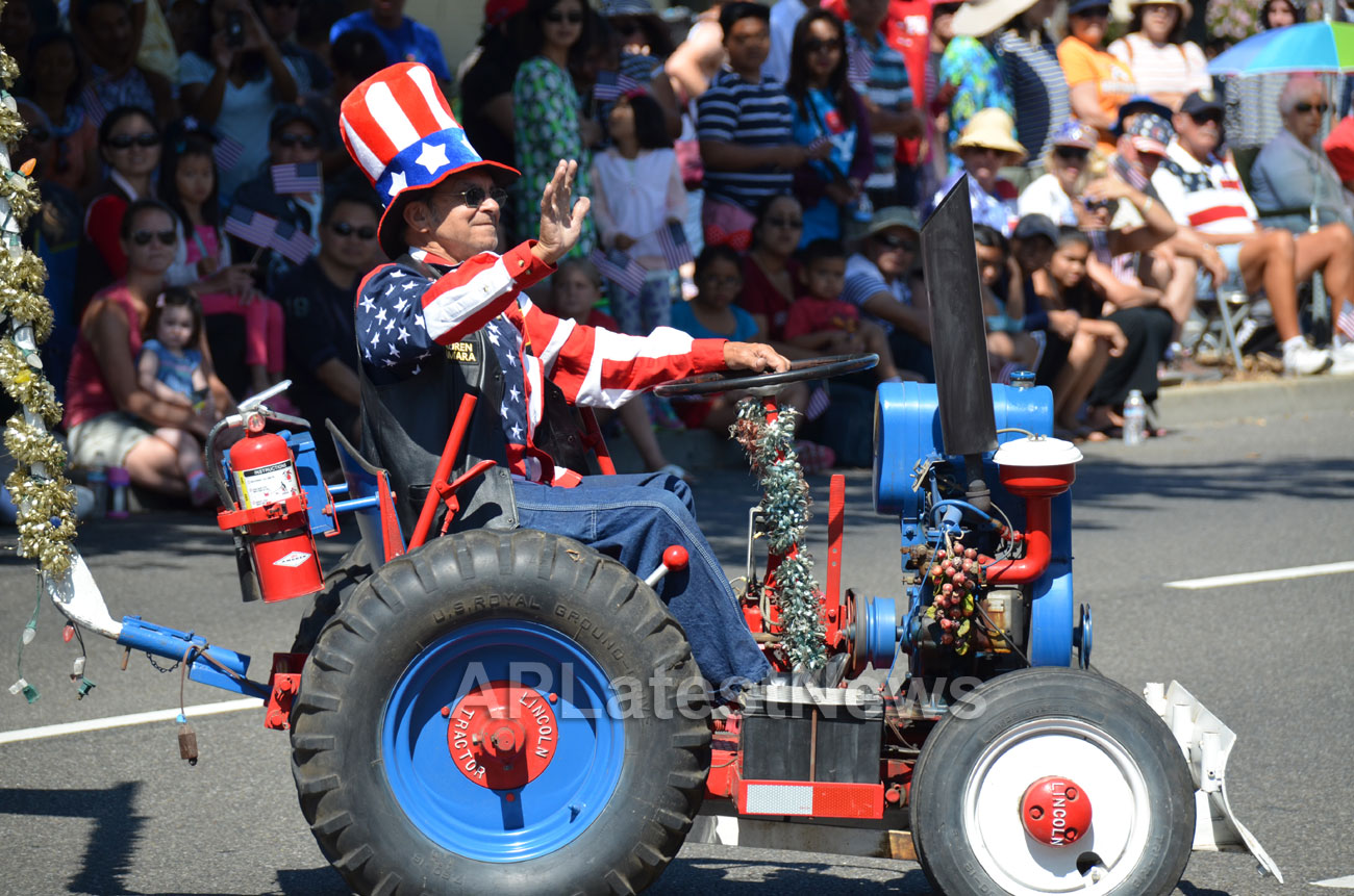 July 4th Parade - Independence Day, Fremont, CA, USA - Picture 28