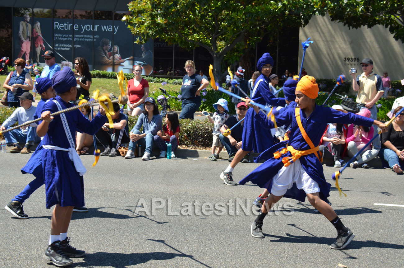 July 4th Parade - Independence Day, Fremont, CA, USA - Picture 3