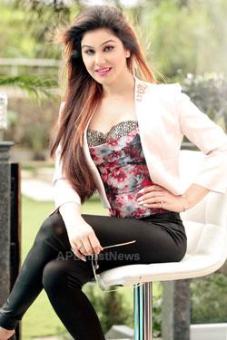 Bollywood actress Kangna Sharma turns Singer - Picture 2