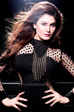Bollywood actress Kangna Sharma turns Singer - Picture 8