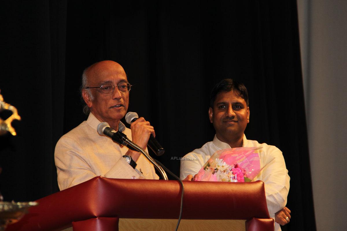 Pragathi UTSAV at OAKTON High School, Vienna, VA, USA - Picture 8