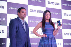 Samsung launched S7 and S7 Edge in Hyderabad, Actress Shriya Saran graced the occasion