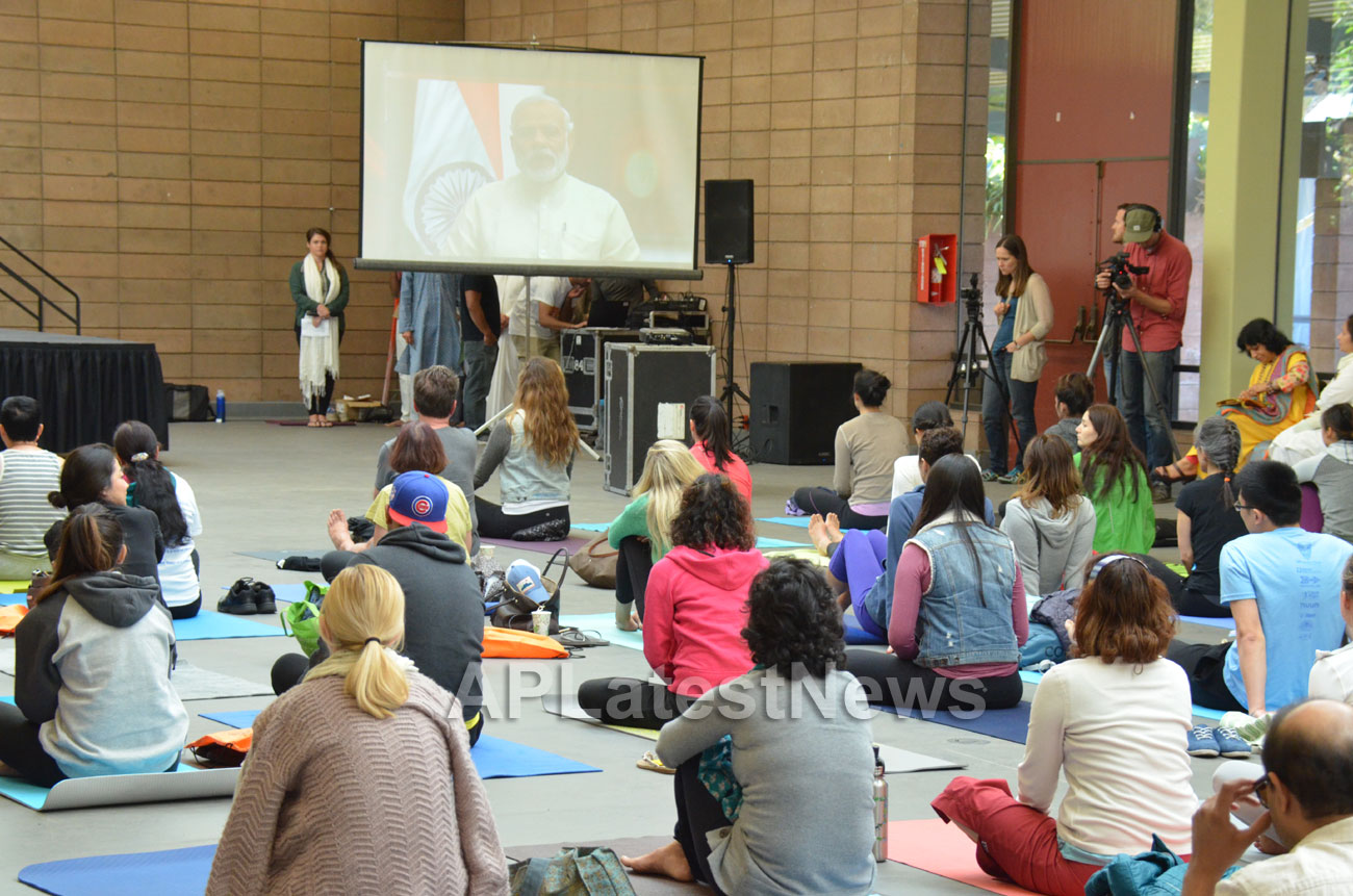 Celebration of 2nd International Day of Yoga, San Francisco, CA, USA - Picture 6