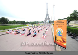 Euro Cup and Yoga Festival at Eiffel Tower Rocked Paris