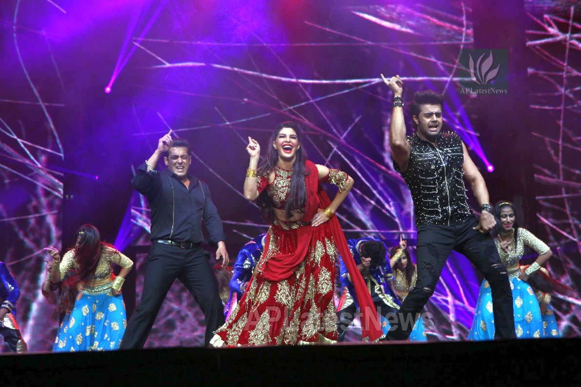 Da-Bangg Live in Concert - Big Bang by Bollywood Superstars to be held in Hyderabad - Picture 14